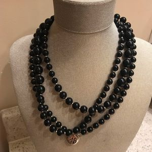 Jewelry - Vintage black necklace with charm